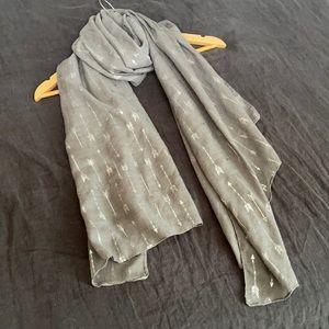 2/$30 - scarf, shawl, wrap